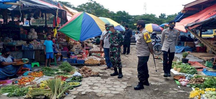 Kapolres Sikka Bersama Dandim 1603 Sikka Kunjungi Pasar Alok Himbau Penerapan New Normal