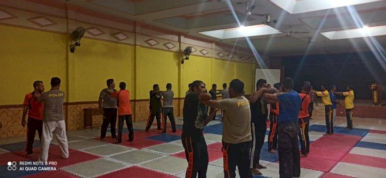 Persiapan Naik Pangkat, 56 Orang Personil Polres Sikka Melaksanakan Pelatihan Beladiri