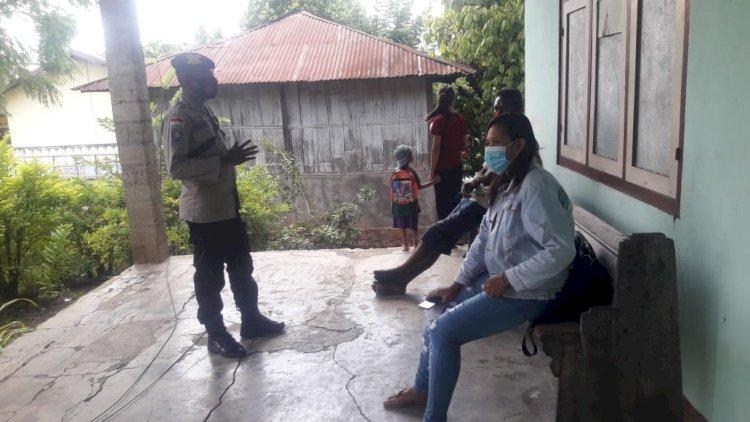 Disiplinkan Penggunaan Masker, Bripka Heri Lakukan Operasi Yustisi Di Dusun Bola