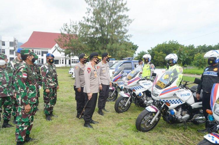 Kapolda NTT Dan Danrem 161/WS Pimpin Apel Persiapan Pengamanan Kunjungan Presiden RI Di Kab. Sikka
