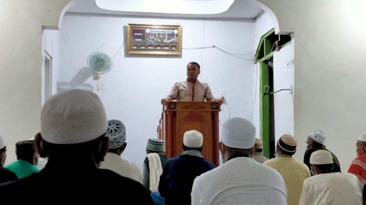 Kapolres Sikka Safari Religi Ke Masjid Baitussodiq Nangahale