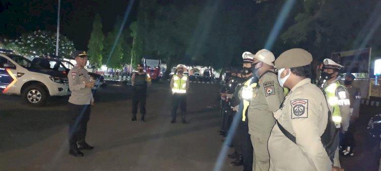 Unit Turjawali Polres Sikka Lakukan Patroli  Sitkamtibmas Dan Penegakkan Prokes Di Seputaran Kota Maumere