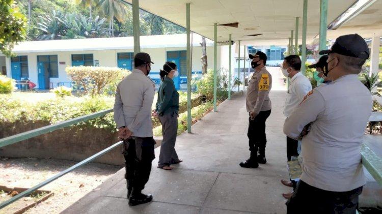 Kapolres Pantau Langsung Penanganan Covid-19 Di RS. St. Elisabeth Lela Dan Pengamanan Ruang Isolasi di RSUD Tc Hillers