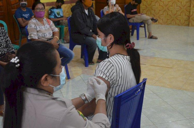 Hari ini 180 orang terima Vaksin Dosis I di Gerai Vaksin Presisi Polres Sikka