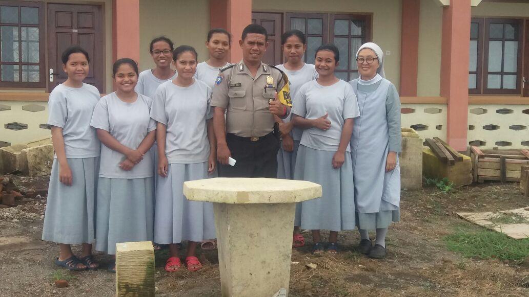 Pilkada Sikka 2018 : Bhabinkamtibmas Bripka Syafrul S. Putra Ajak Para Suster Bersinergi Jaga Kamtibmas