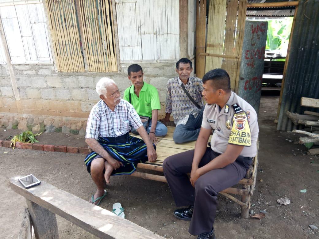 Sambangi Warga Dusun Gera, Aipda Dewa Ajak Cegah DBD