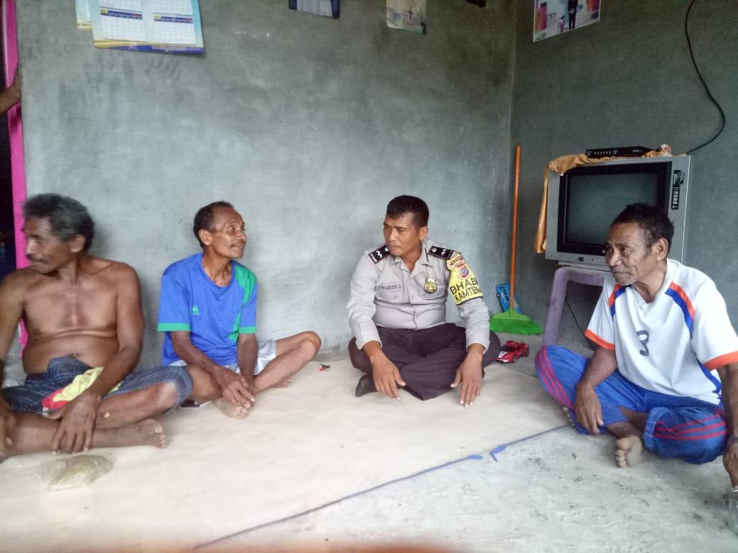 Sambangi Warga, Aipda Dewa : Mari Bersama Cegah DBD